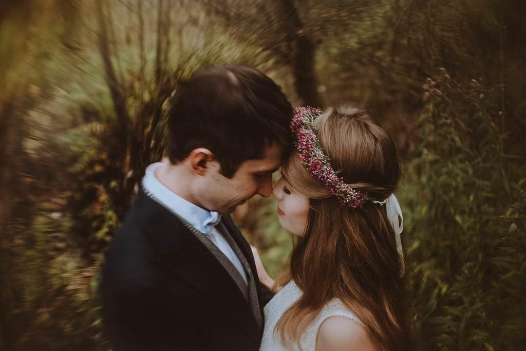 Paulina i Karol, plener jesienny w sukni Anna Kara i swetrze 4