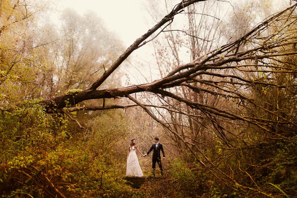 Paulina i Karol, romantyczny plener jesienny w sukni Anna Kara i swetrze 37