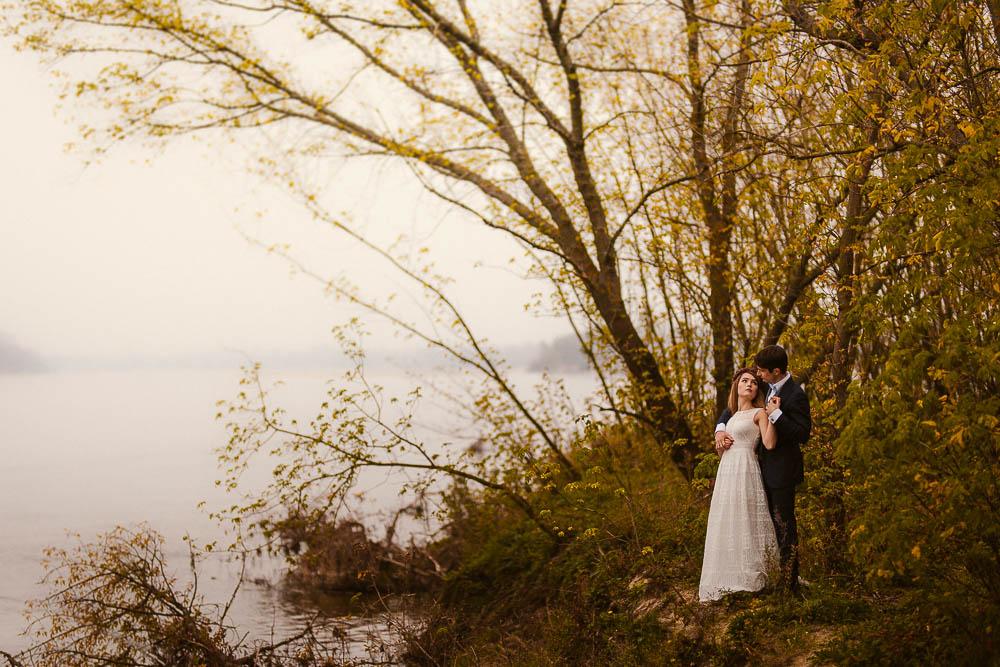 Paulina i Karol, romantyczny plener jesienny w sukni Anna Kara i swetrze 39