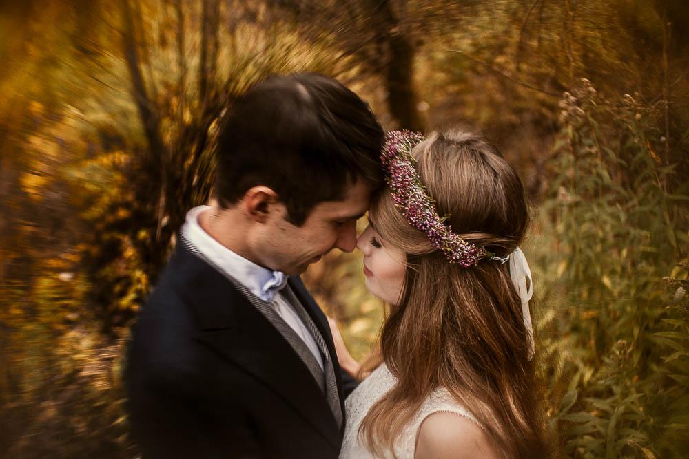 Paulina i Karol, romantyczny plener jesienny w sukni Anna Kara i swetrze 41