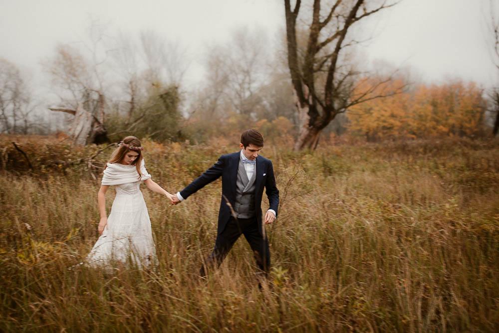 Paulina i Karol, romantyczny plener jesienny w sukni Anna Kara i swetrze 43