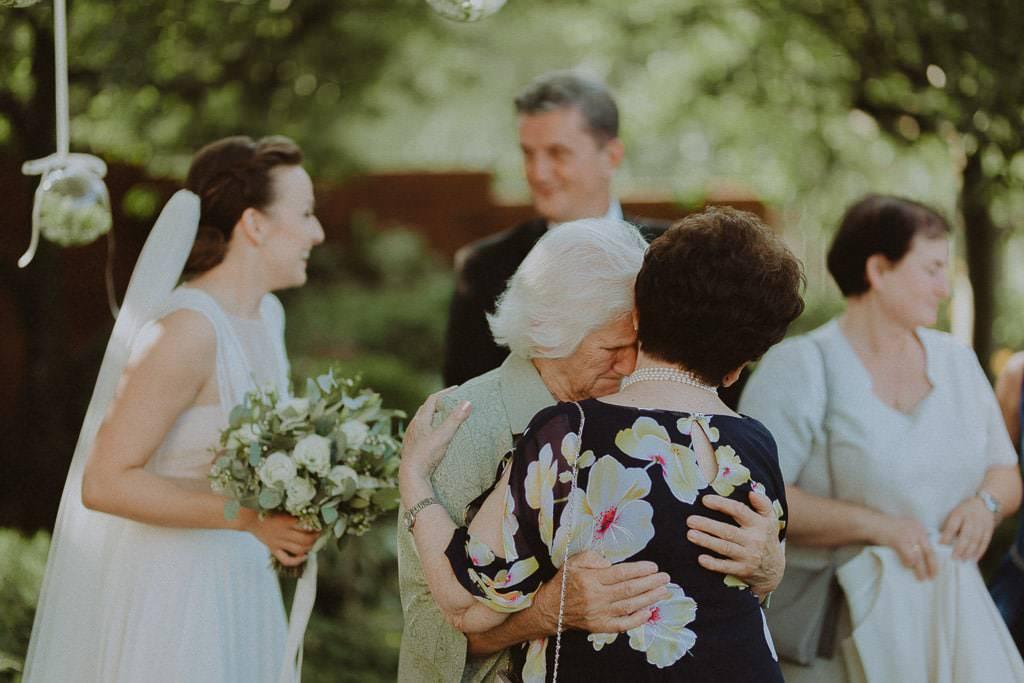 Marta i Tomasz - rustykalny ślub z aniołami, Kalisz 25