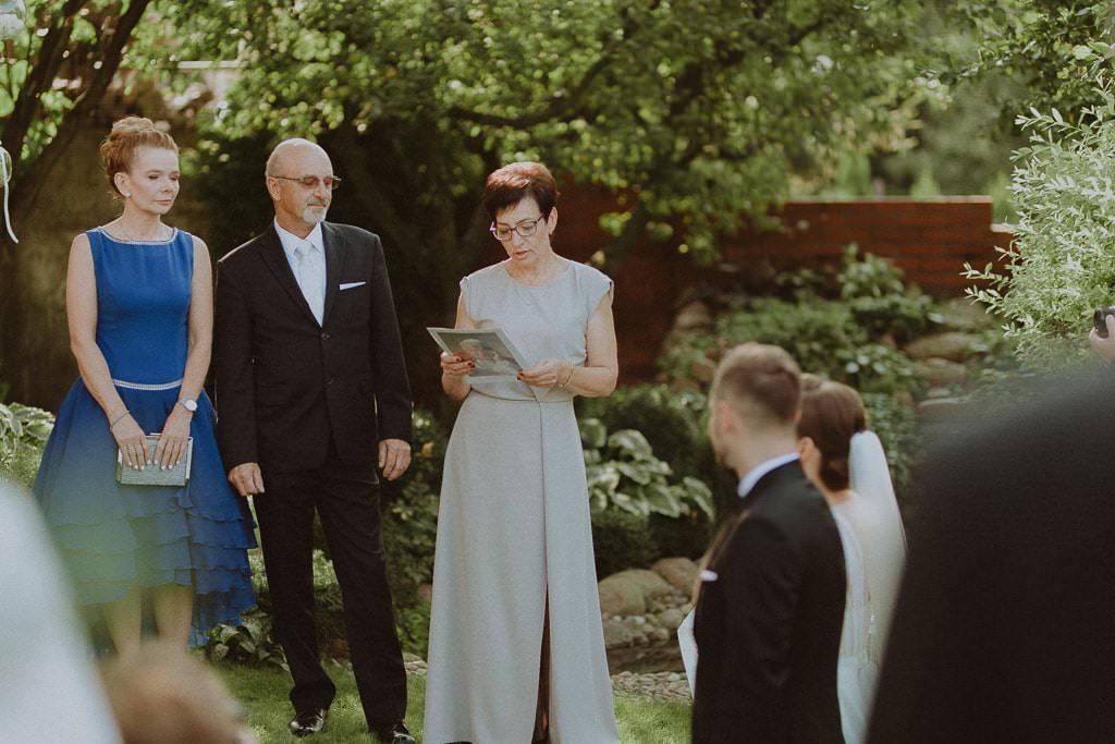 Marta i Tomasz - rustykalny ślub z aniołami, Kalisz 27