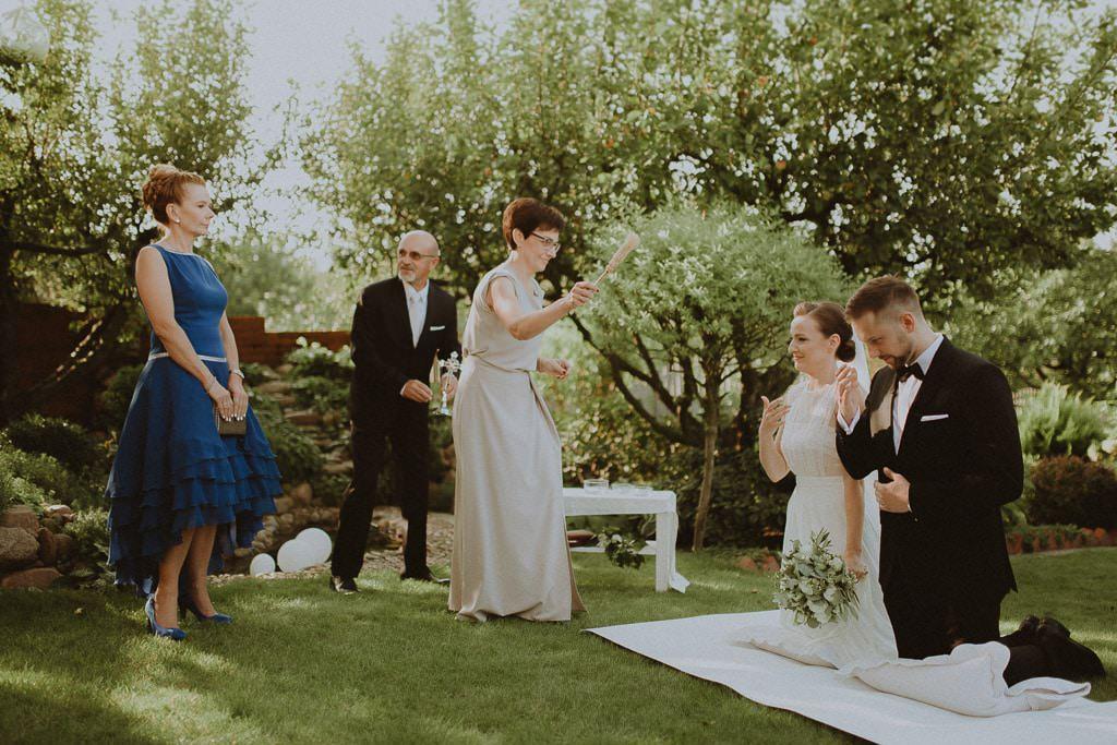 Marta i Tomasz - rustykalny ślub z aniołami, Kalisz 28