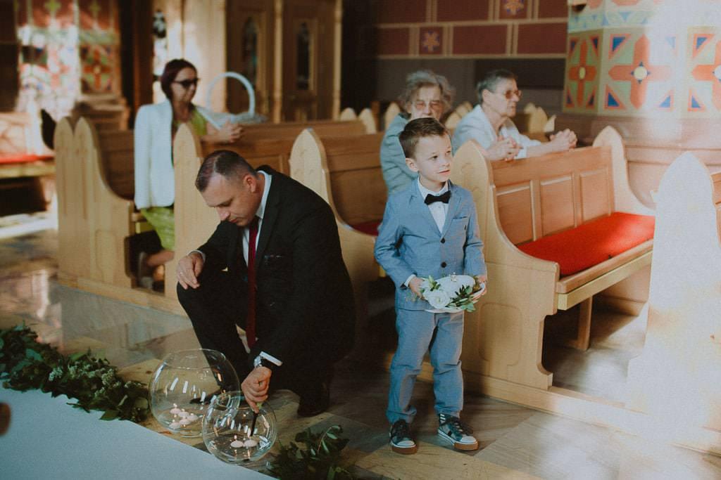 Marta i Tomasz - rustykalny ślub z aniołami, Kalisz 34