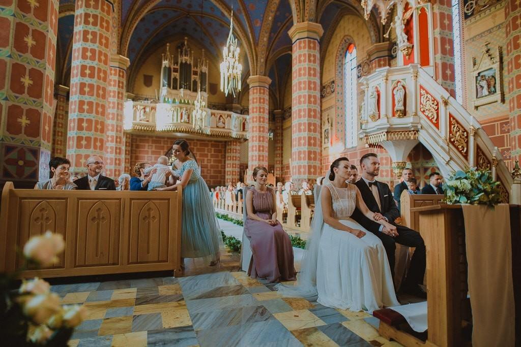 Marta i Tomasz - rustykalny ślub z aniołami, Kalisz 36