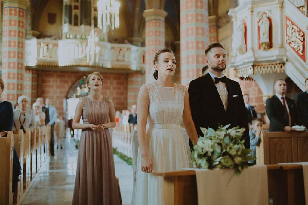 Marta i Tomasz - rustykalny ślub z aniołami, Kalisz 37