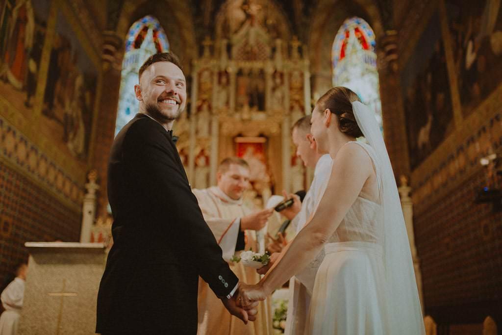 Marta i Tomasz - rustykalny ślub z aniołami, Kalisz 42