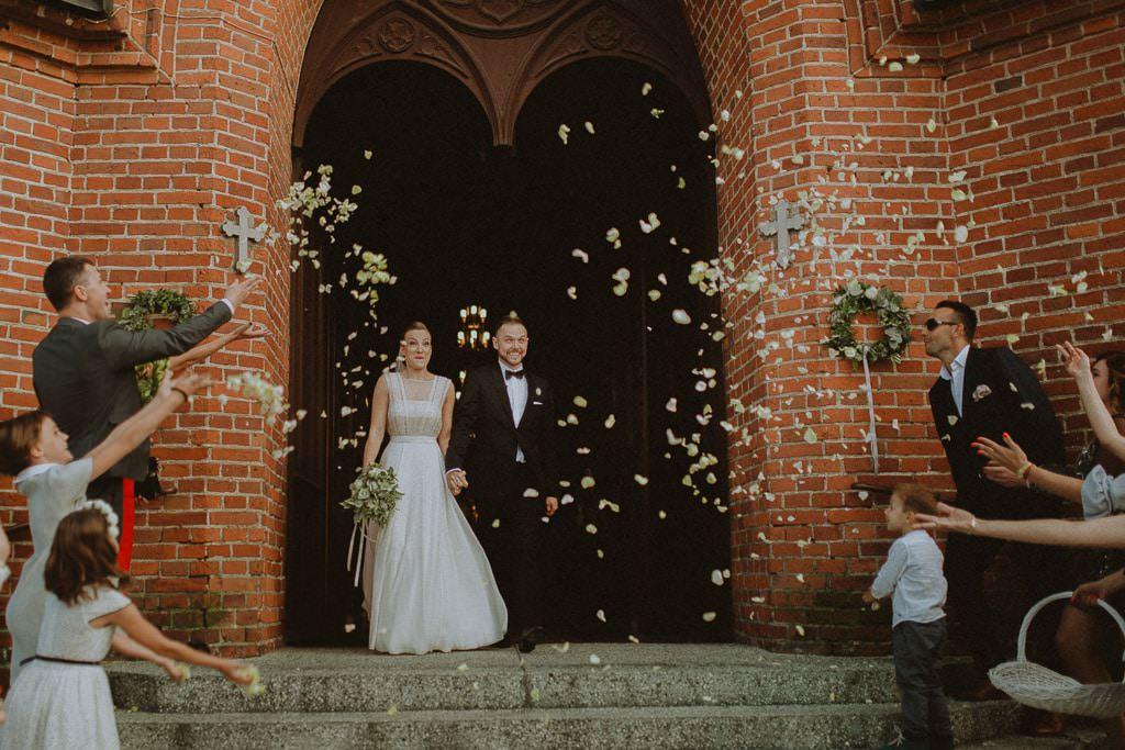 Marta i Tomasz - rustykalny ślub z aniołami, Kalisz 49