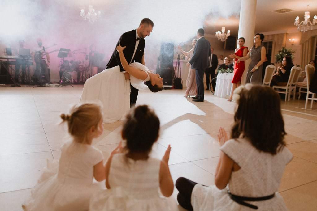 Marta i Tomasz - rustykalny ślub z aniołami, Kalisz 69