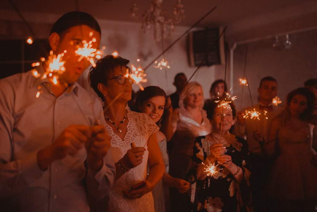 Marta i Tomasz - rustykalny ślub z aniołami, Kalisz 87