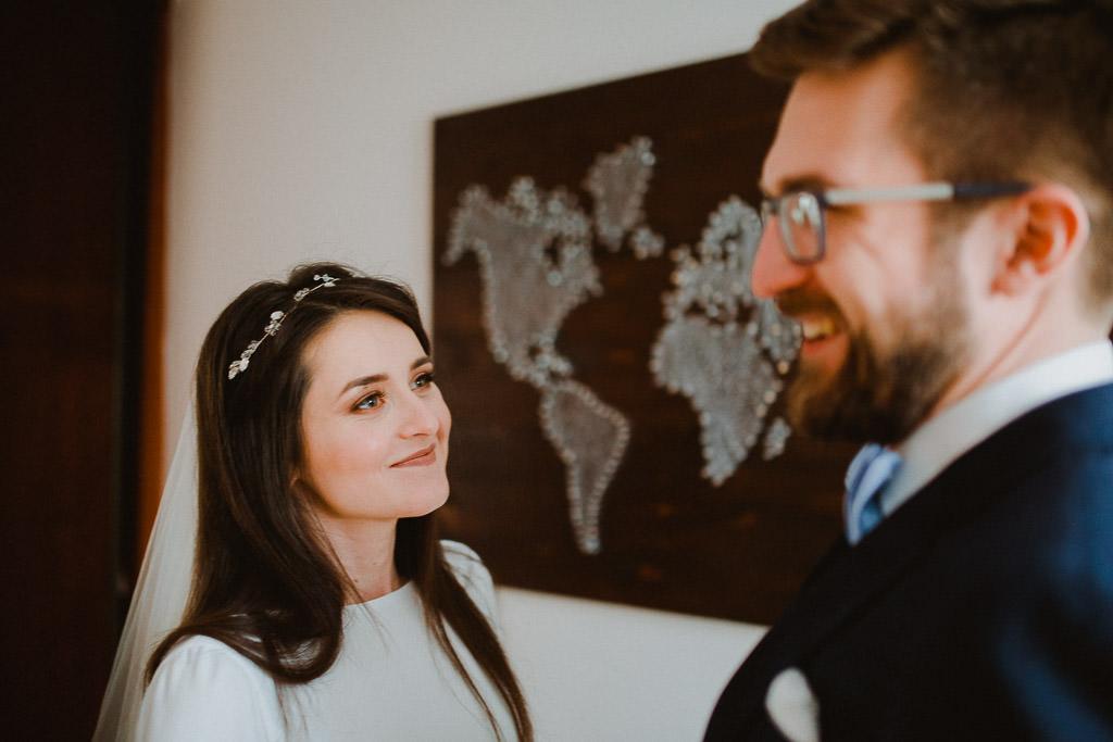Jakub i Asia,  Zimowy ślub u Dominikanów + Stodoła wszystkich Świętych zwana Oczyszczalnią 106