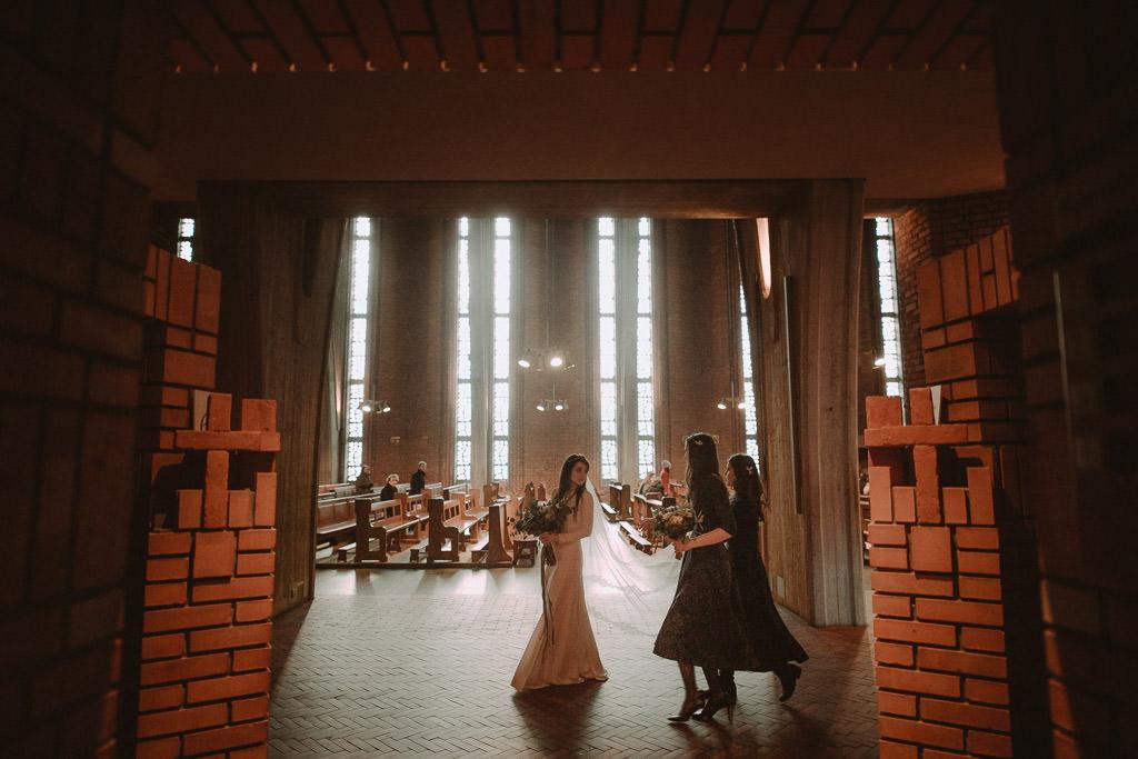 Jakub i Asia,  Zimowy ślub u Dominikanów + Stodoła wszystkich Świętych zwana Oczyszczalnią 117