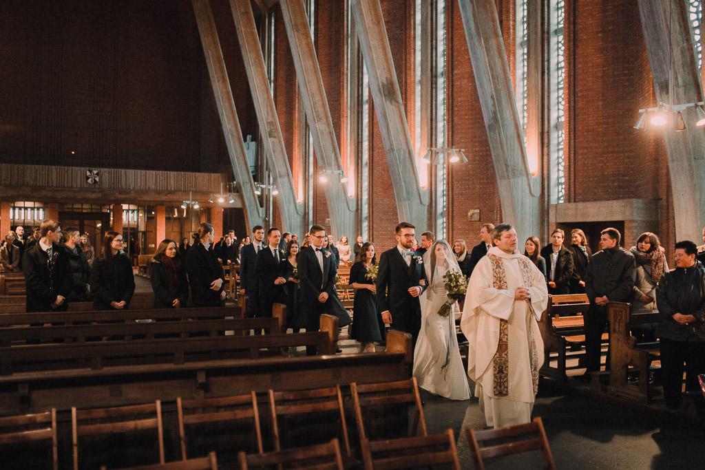 Jakub i Asia,  Zimowy ślub u Dominikanów + Stodoła wszystkich Świętych zwana Oczyszczalnią 118