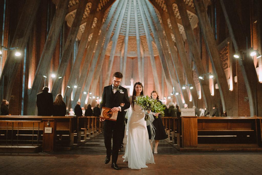 Jakub i Asia,  Zimowy ślub u Dominikanów + Stodoła wszystkich Świętych zwana Oczyszczalnią 131