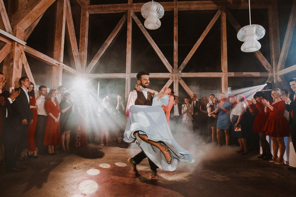 Jakub i Asia,  Zimowy ślub u Dominikanów + Stodoła wszystkich Świętych zwana Oczyszczalnią 155
