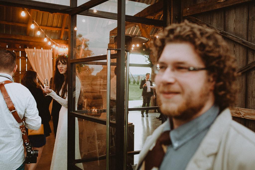 Klara + Kuba, Folwark Ruchenka Barn House, slow wedding i wesele w stodole 147