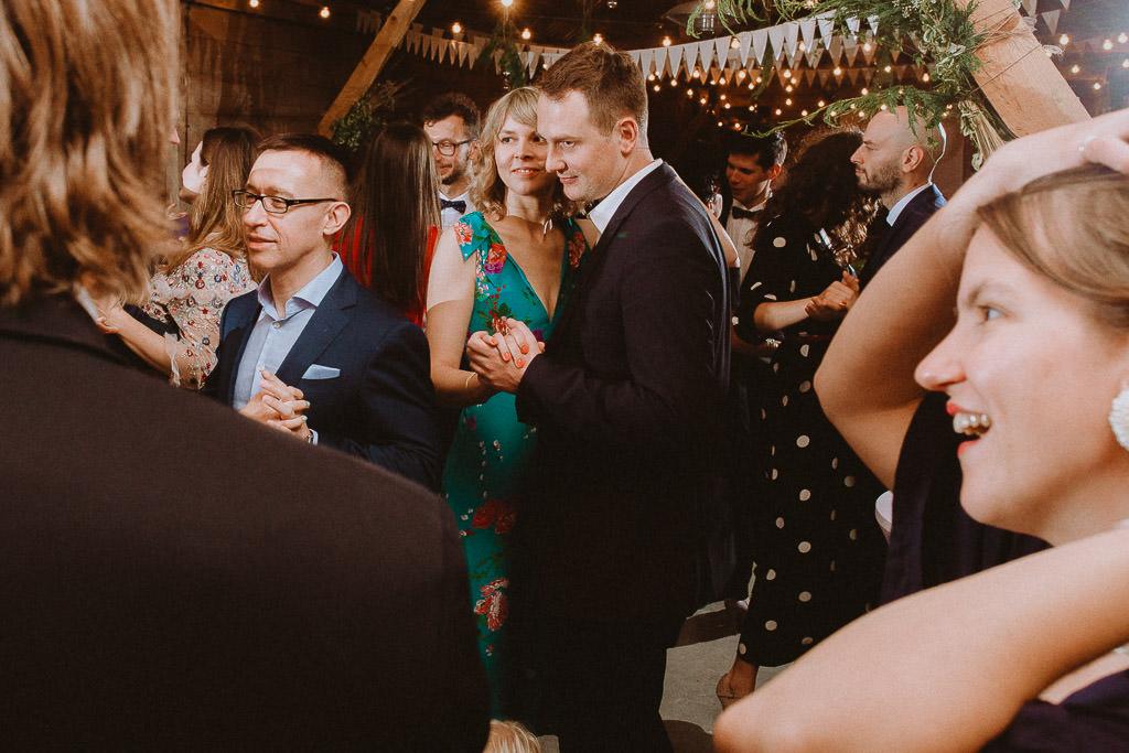 Klara + Kuba, Folwark Ruchenka Barn House, slow wedding i wesele w stodole 158