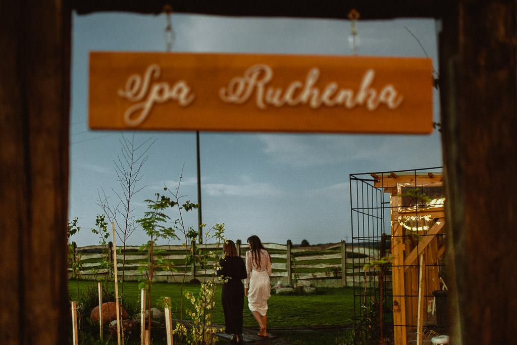 Klara + Kuba, Folwark Ruchenka Barn House, slow wedding i wesele w stodole 165