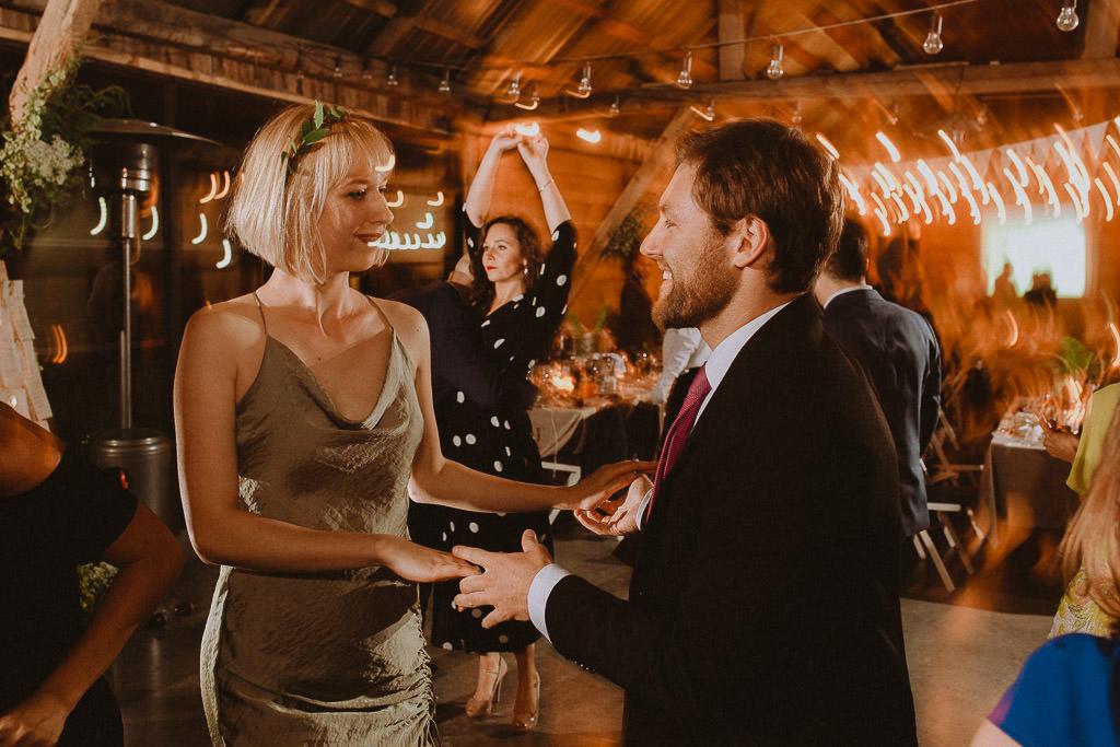 Klara + Kuba, Folwark Ruchenka Barn House, slow wedding i wesele w stodole 173