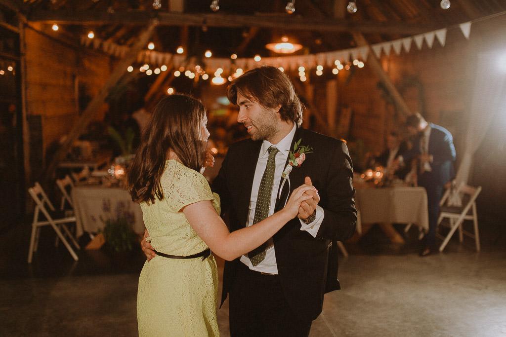 Klara + Kuba, Folwark Ruchenka Barn House, slow wedding i wesele w stodole 178