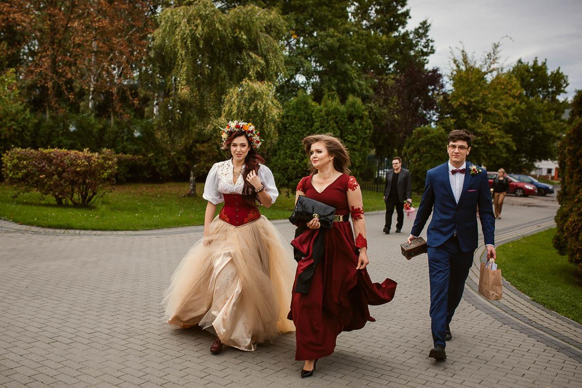 Ewa i Bartek, ślub słowiański, Art Impression House 15