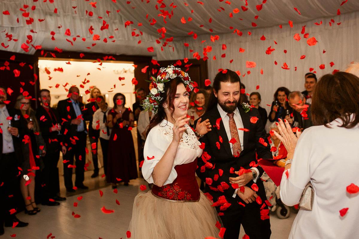 Ewa i Bartek, ślub słowiański, Art Impression House 144