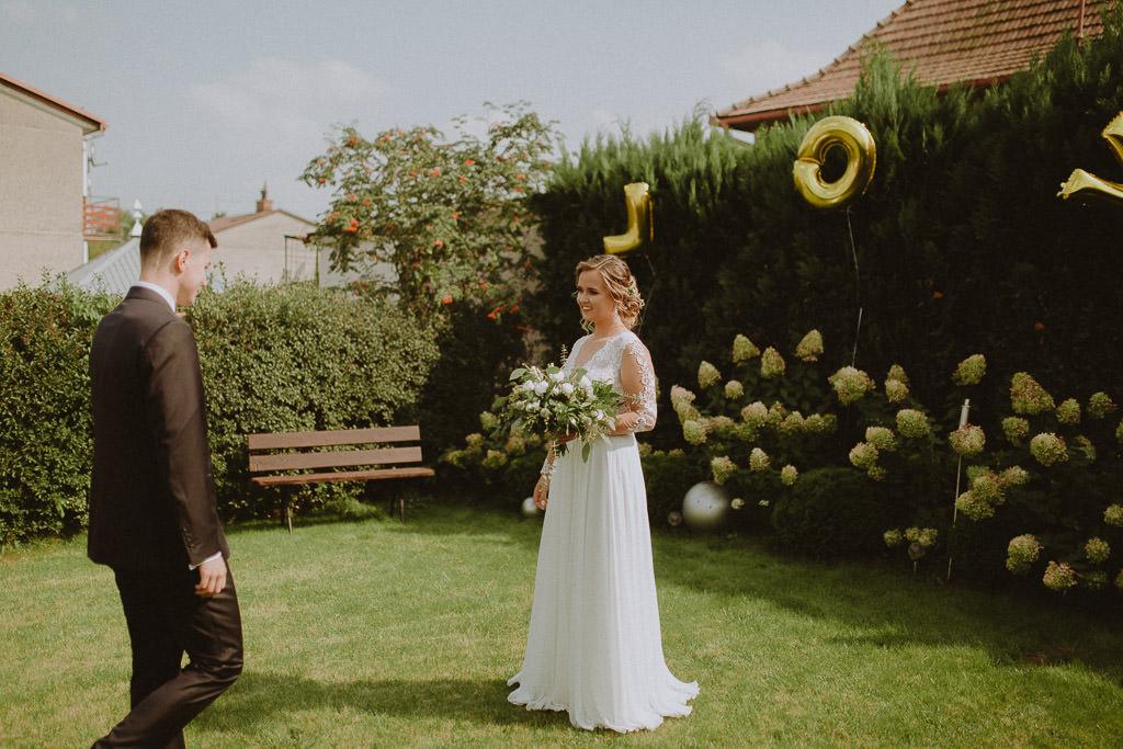 Michał + Angelika, rustykalny Ślub nad jeziorem 17