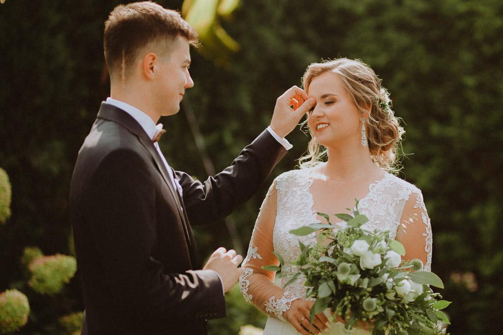 Michał + Angelika, rustykalny Ślub nad jeziorem 18