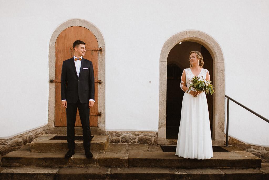 Michał + Angelika, rustykalny Ślub nad jeziorem 33