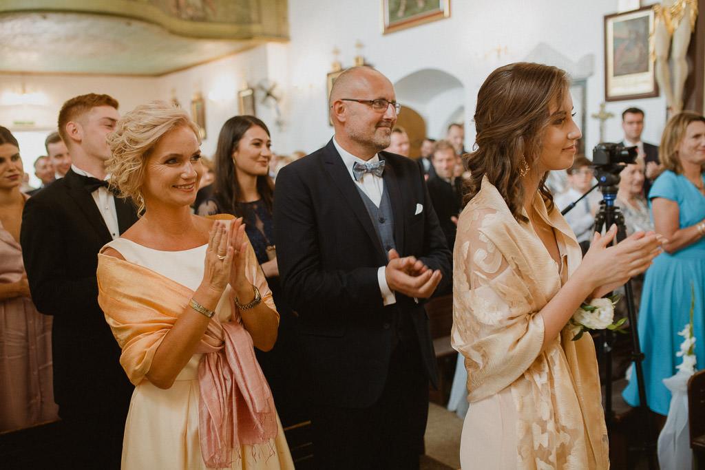 Michał + Angelika, rustykalny Ślub nad jeziorem 47