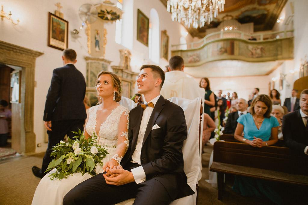 Michał + Angelika, rustykalny Ślub nad jeziorem 49