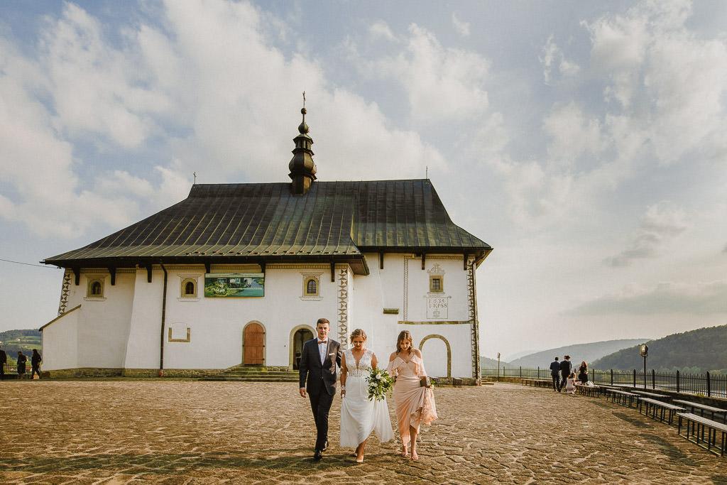 Michał + Angelika, rustykalny Ślub nad jeziorem 56