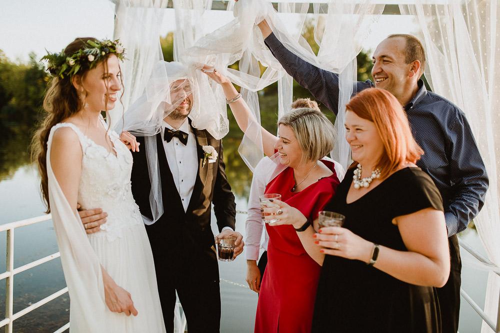 A&W, Ślub i wesele plenerowe, Letnisko Bajka, Winiarnia nad Jeziorem 63
