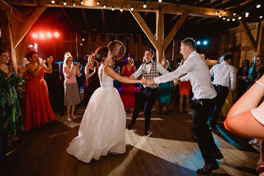 A+T, ślub z motywem podróży, Osada Młyńska, wesele w stylu podróżniczym 53