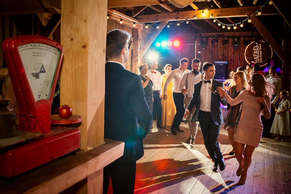 A+T, ślub z motywem podróży, Osada Młyńska, wesele w stylu podróżniczym 55